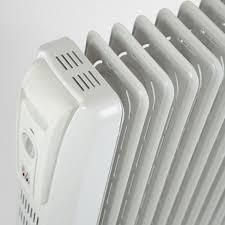 Le chauffagiste pour la réalisation d'une installation aux normes prescrites