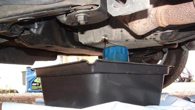 Comment effectuer vous-même une vidange à votre auto ?