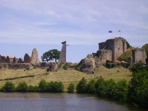 La visite du château de Tiffauges