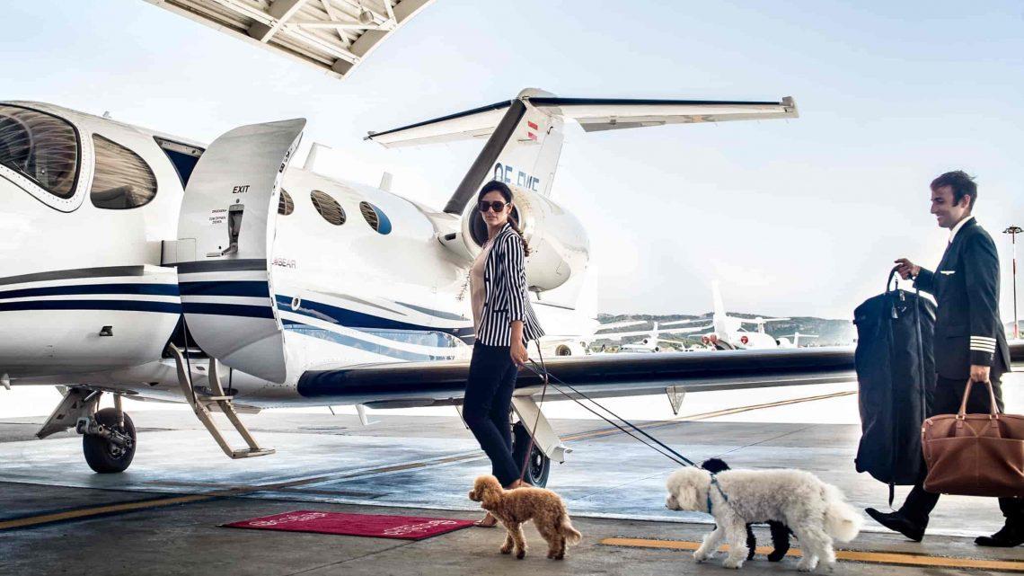 Comment choisir un jet privé ou un hélicoptère à louer pour les déplacements?
