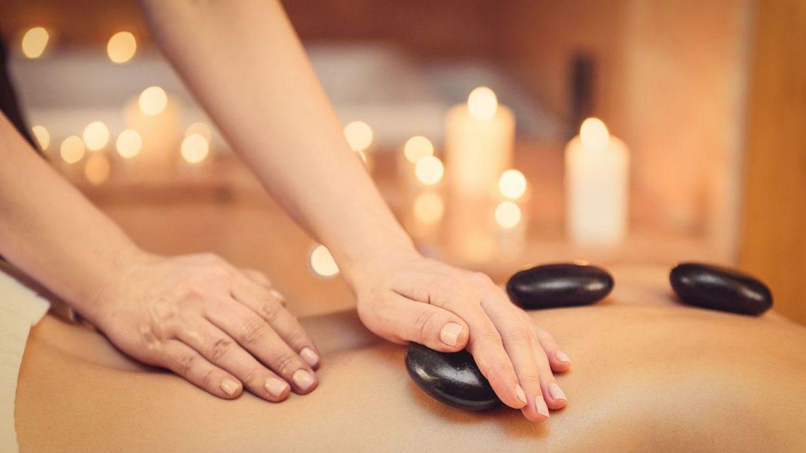 Où faire un massage aux pierres chaudes ?