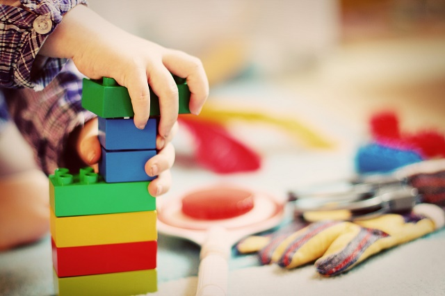 La stimulation sensorielle chez les enfants