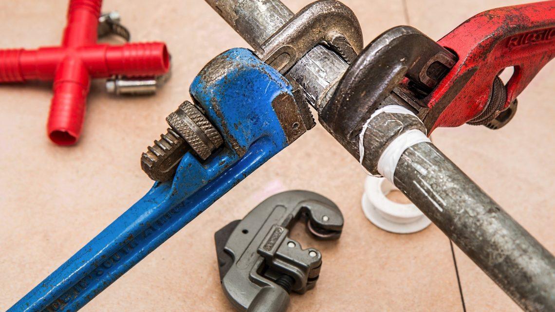 Panne plomberie : qui appeler pour un dépannage d'urgence ?